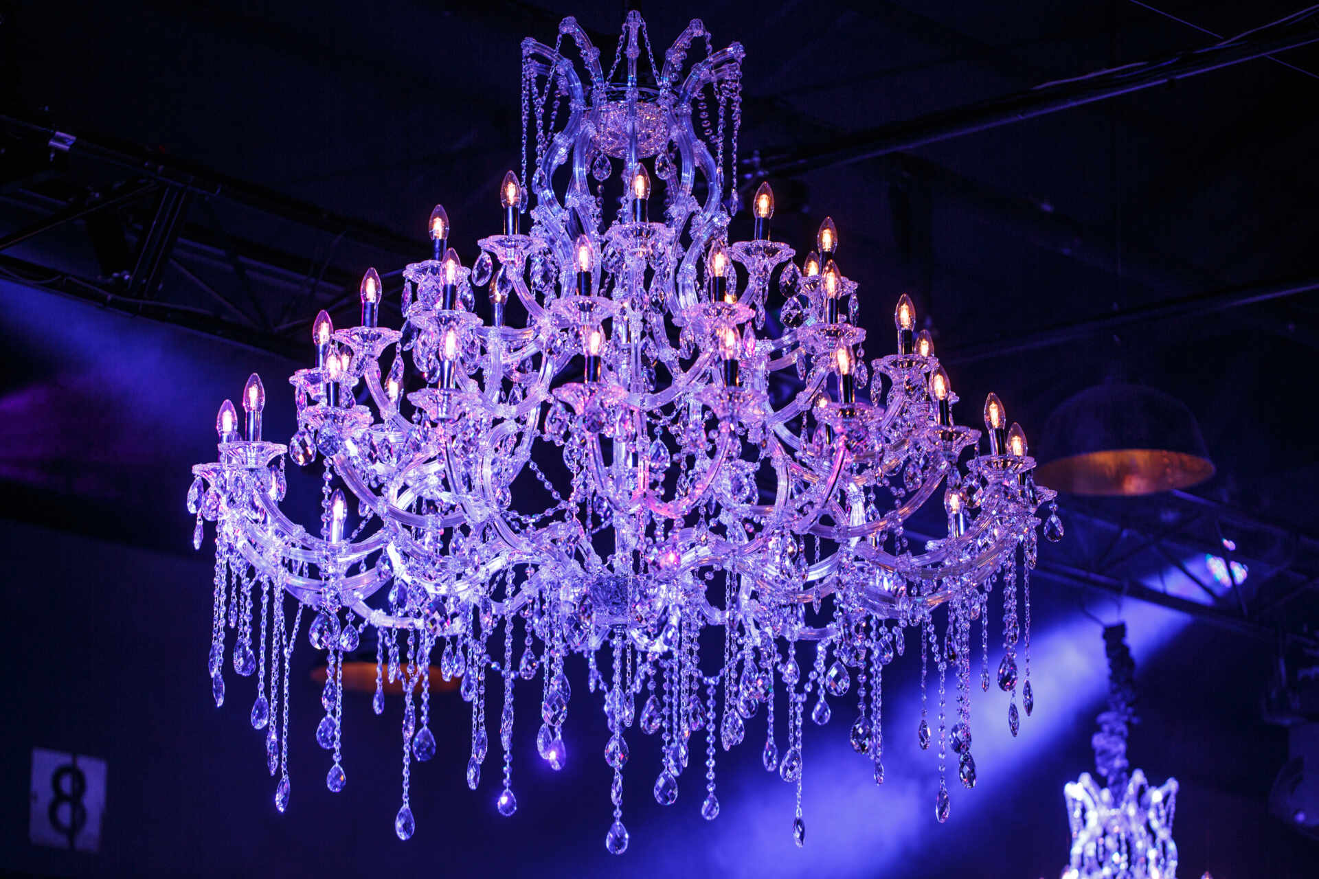 Chandelier hire melbourne action events for larger spaces we have a matching pair of exquisite chandeliers measuring 1300mm x 1500mm height x diametre and are a real statement chandelier arubaitofo Images