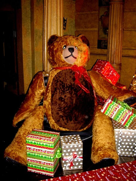 , Christmas and Christmas in July Theme & Prop Hire