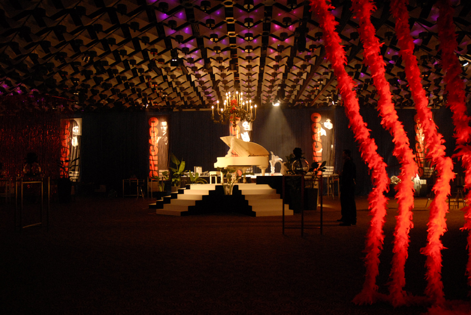 , Cotton Club Gangster Cabaret Theme and Prop Hire